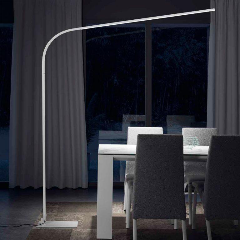 Lampara de pie Luz LED Estructura metálica