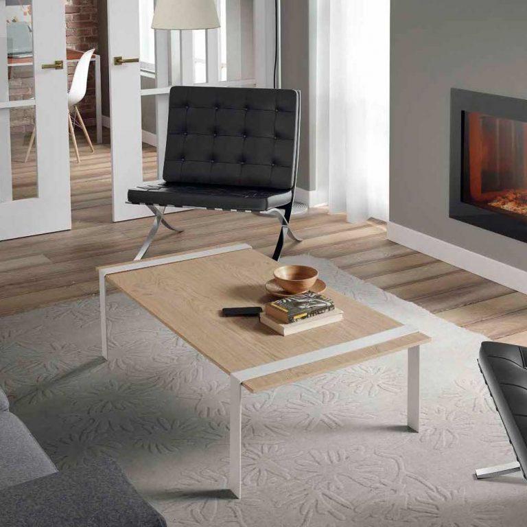 Mesa de patas de hierro pintadas, superficie en madera, modelo Estepona ctable 15